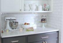 Kitchens / by Joy