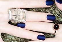 Nails / by dele del