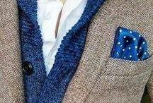 Tutti Pazzi Per La Pochette / Cercate di tenere a mente l'obiettivo della pochette quando ne scegliete una: dovrebbe attirare l'attenzione verso l'outfit e farlo sembrare unico, non farci a pugni oppure sembrare un palloncino esploso nel taschino. Enjoy