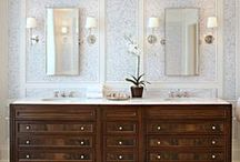 Bathrooms / by Laura Kiernan {JourneyChic.com}