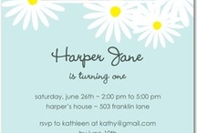 Daisy Birthday Party Invitations