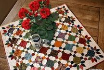 Quilting - smalls / Table runners, toppers and everything else / by Ann Somers