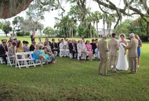Riverfront Lawn Wedding-Jekyll Island Club / Rich history and modern comforts. Elegant surroundings and simple pleasures. These are just a few reasons that holding your wedding on the Riverfront Lawn of the Jekyll Island Club is a perfect choice that will provide memories to last a lifetime. This venue offers exquisite views of the Inter Coastal Waterway overlooking the Marshes of Glynn.