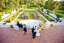 Crane Cottage Wedding-Jekyll Island Club / Crane Cottage has a landscaped formal sunken garden with original fountains and upper terrace; this outdoor space is perfect for wedding ceremonies up to 250 people. Additionally, Crane has a fountain courtyard with arcaded loggia and seating for 90-120 people. This is a perfect venue for your Jekyll Island Club Wedding.
