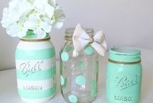 Baby Shower / Lots of inspiration for throwing a fun baby shower! Ideas, games, food, themes and decorations to make the event special for the mom and easier for the hostess!