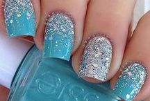 Nails / by Chio Lopez Puertas