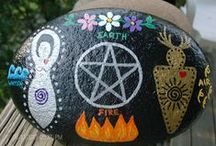 Pagan Crafts / Pagan, Wiccan, and Witch Crafting Ideas