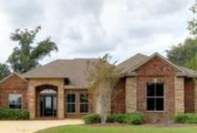 $200,000 - $299,999 / Fairhope Realty Group has homes listed for sale in Fairhope, Daphne, Spanish Fort , and surrounding areas of Alabama www.fairhopehomesearch.com