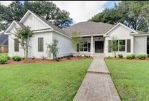 $300,000 - $399,999 / Fairhope Realty Group has homes listed for sale in Fairhope, Daphne, Spanish Fort , and surrounding areas of Alabama. www.fairhopehomesearch.com