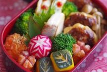 Cooking   Bentou / The Japanese art of stuffing a lunch box and making it look too cute to eat!