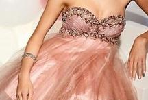 Prom Dresses  / by Xochitl Padron