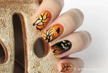 Halloween Nail Ideas / Great nail art ideas for Halloween! Spoooooky! ;)
