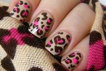 Animal Print Nails / Animal print -- You know it. (It's so classy it gets its own board ;))