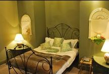 The Italian Suite /  This Kind size and single bed suite is full of character and classical features- This suite is popular as a Family Room.