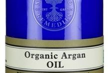 Argan Oil / Neal's Yard Remedies Organic Argan Oil is a fantastic multi-purpose product which helps intensely nourish and soothe skin, nails and hair. This 100% organic oil is made up of 80% skin-nourishing fatty acids as well as extremely high levels of antioxidant vitamin E. / by Neal's Yard Remedies
