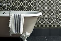 Decor - Bathrooms & Loos / by Sasa Airio