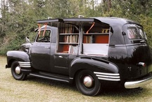 Books // Bookmobile / by Rebecca Zarazan Dunn