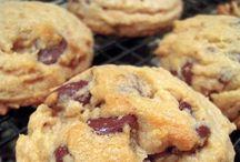 Cookies, Bars & Fudge / by Amy Buffetta