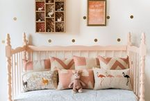 London Elle's room / by Chantal-Patrice Spanicciati