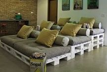 Pallet Projects / Everyone loves pallets!
