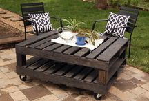 Outdoor Living / by Lauren Hebert