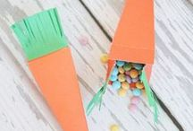 Seasonal... Easter / Easter crafts, food, activities, bunnies, chicks, chickens and eggs - chocolate and decorated. DIY
