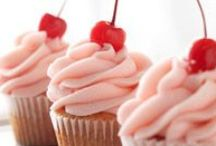 Cookies & Cupcakes / Delicious cupcake and cookie recipes and cake and cookie decorating inspiration!