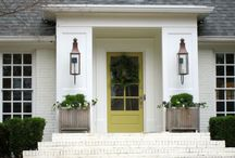 Home Exterior Inspiration / Home exteriors of all shapes and sizes!