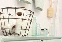 Bathroom Decor Ideas / Ideas to organize, decorate, and theme your bathroom.