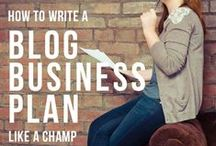 { Blogger + Entrepreneur Info } / Helpful professional tips and advice for bloggers and entrepreneurs.