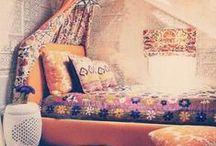 ARTFUL CHILDREN'S ROOMS / Boho chic children's rooms with artful flair.