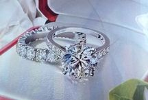 Shine Bright Like A Diamond / Who doesn't love shiny, sparkly jewelry? Stunning jewelry for all price ranges and occasions.