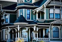 Dream House / by Catherine Pillette
