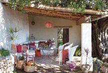 veranda, bungalow, cabana / chata,