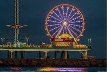 Seaside Fun in Galveston / Great attractions, beaches, hotels, and restaurant in Galveston, Texas