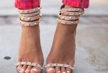fashionista. / by Allyson Trujillo