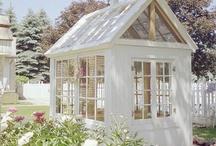 Tuinkas - greenhouse / Raak geïnspireerd door deze mooie tuinkassen - Get inspired by these beautiful greenhouses  / by Tuinen.nl