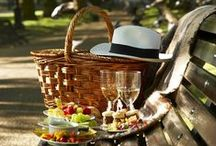 A Picnic with Lillet / What about a lovely picnic with your favorite french apéritif Lillet?