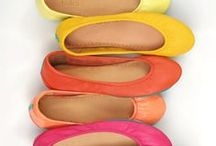 Fashion - Shoes / by Jeni Rauch