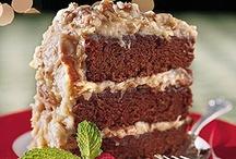 Cakes / by Kristin P