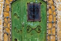 Enter  / Like a smile, you see on a persons face, the first thing you see on a home, is the door and it should be impressive.  I just love doors :) / by Cherrie Staley