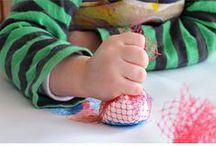 Busy Toddler Ideas / The best ideas I've found from around the web for keeping toddler hands busy- and not coloring the walls :)