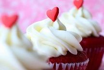 Cupcakes / Cupcakes, confectionary bliss, sweets, treats, mini cupcakes, baking, desserts / by Savvy Sassy Moms