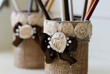 Burlap Crafts / Crafting with burlap. Also, ideas for a wedding.