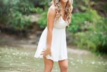 Senior Pictures Ideas❤️ / by Emma Timberlake