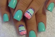Groovy Nail Art / by Custom Nail Solutions