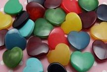 Heart Buttons All Kinds / All kinds of heart shaped buttons, and buttons with heart designs