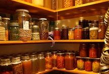 I Can Can (and Preserve too)! / Cooking up blue-ribbon canned goods, preserves, and pantry goodies.