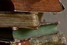Livros / by Roseli Oliva