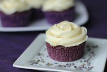 Cupcakes / by Carma Slama